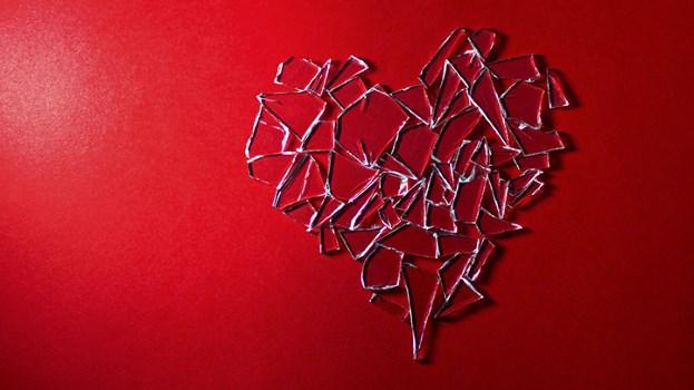 635956312483975036752440509_broken-heart